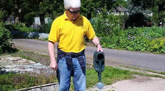 Garden club watering